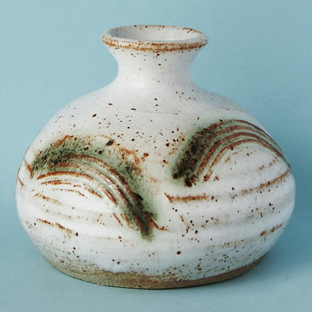 Studio Pottery Squat Vase, McHardy  Dsc04931