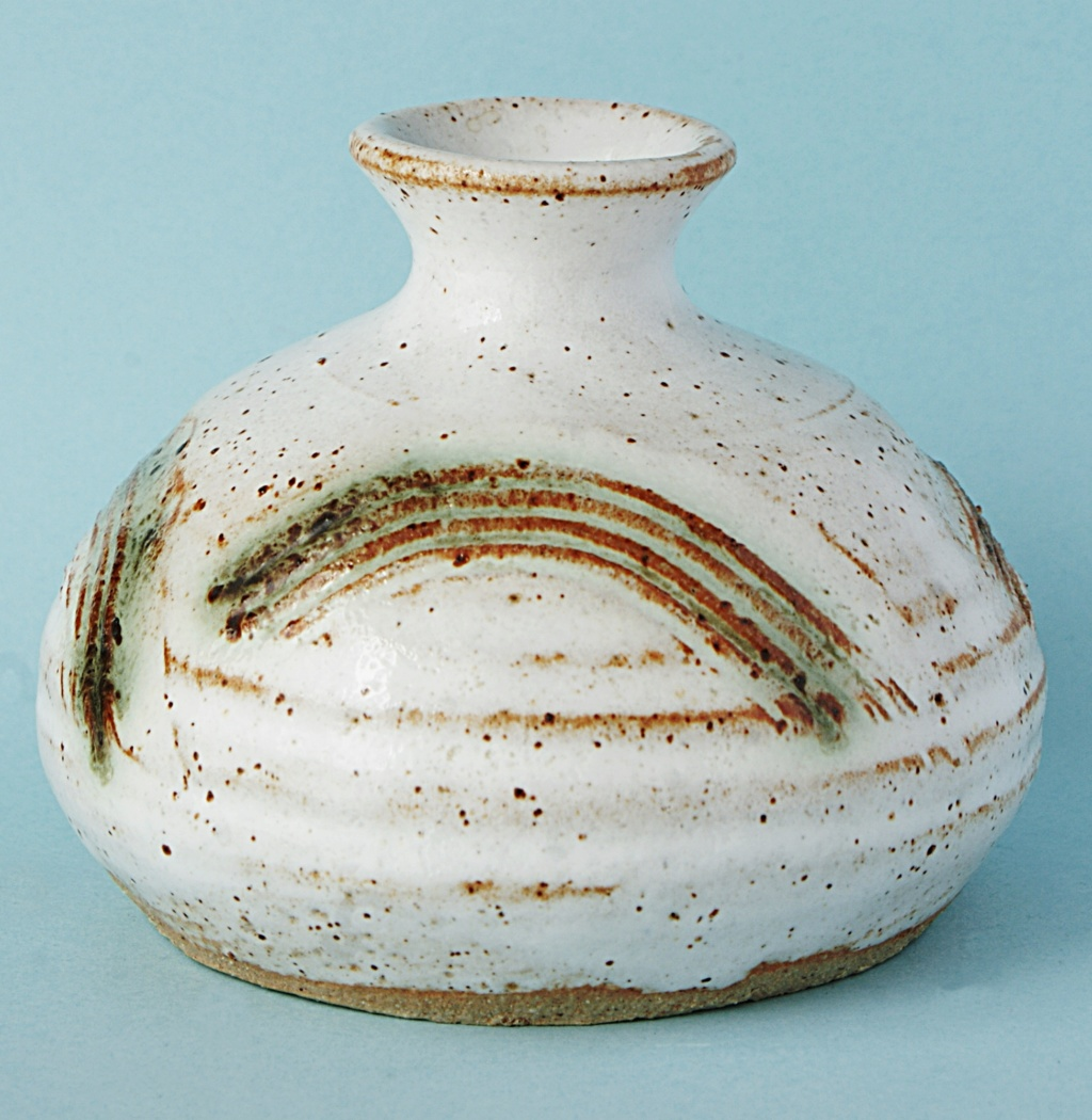 Studio Pottery Squat Vase, McHardy  Dsc04932