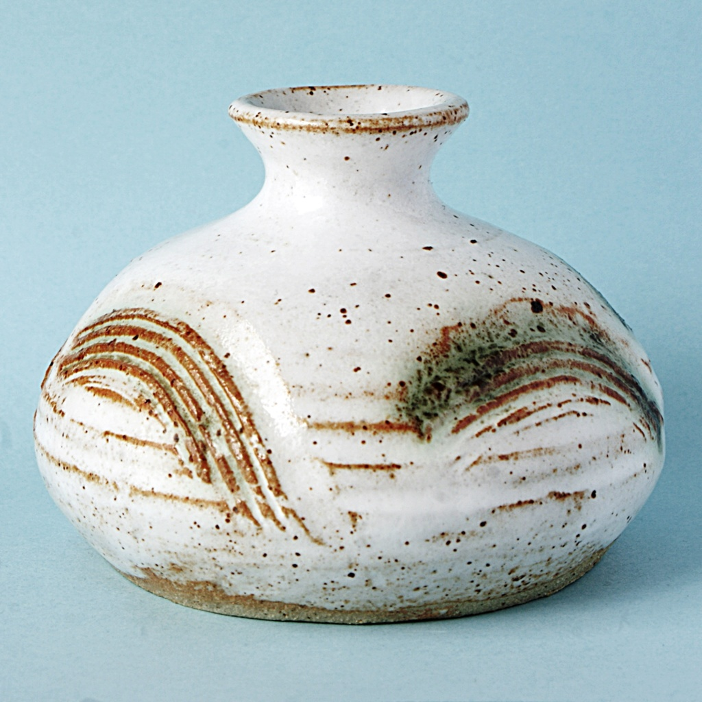 Studio Pottery Squat Vase, McHardy  Dsc05015