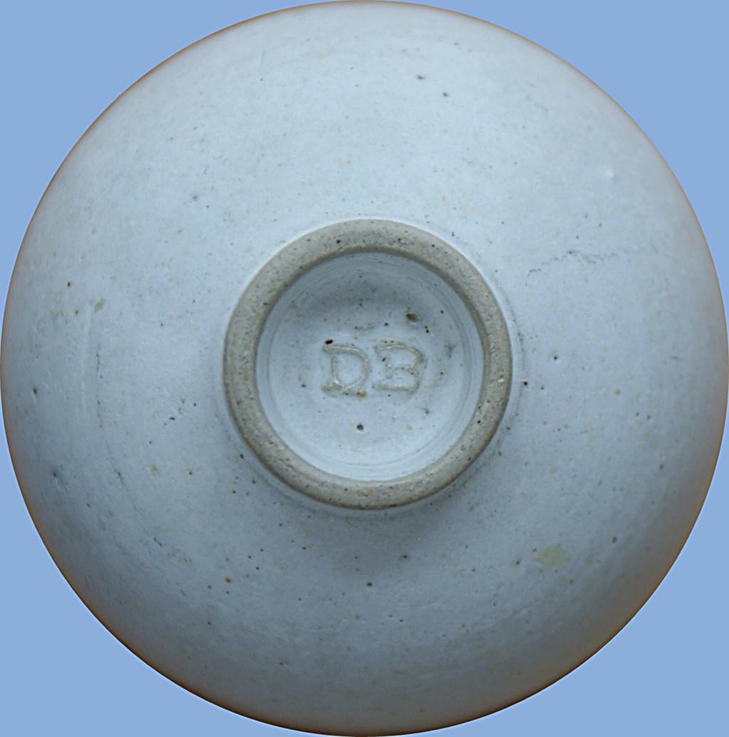 Small Bowl D B Mark Dsc05112