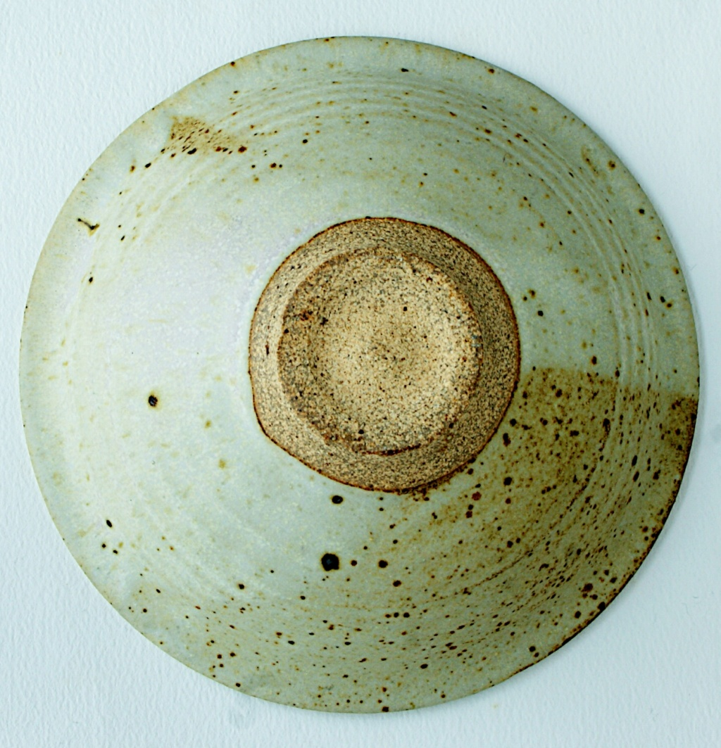 Studio Pottery Bowl Dsc05325