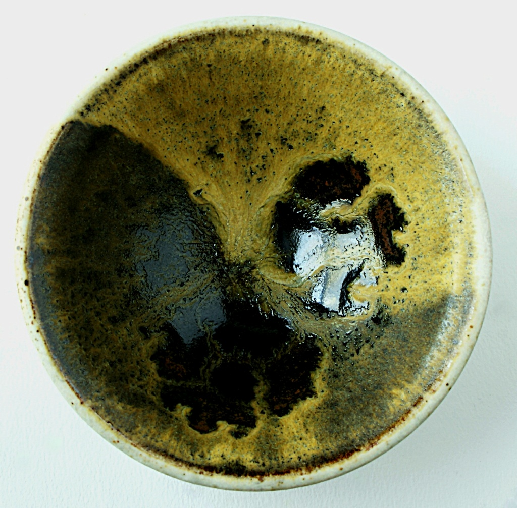 Studio Pottery Bowl Dsc05326