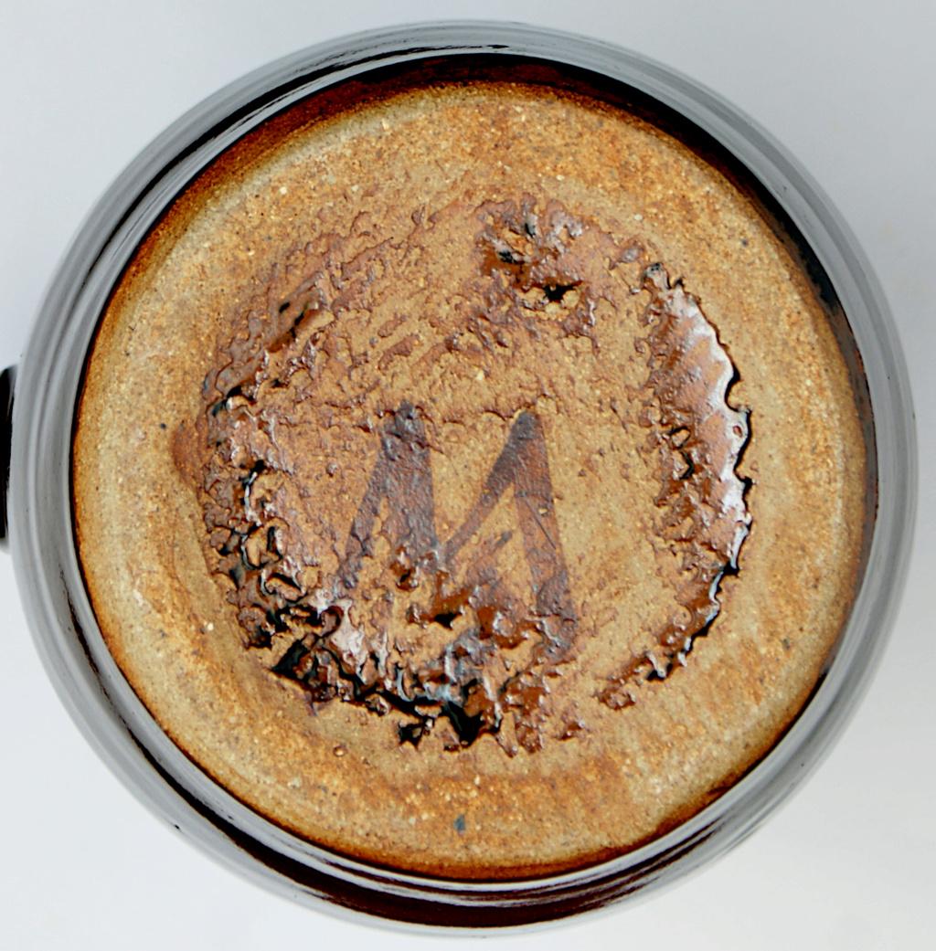 Large Tenmoku Jug M or W marks Dsc05515