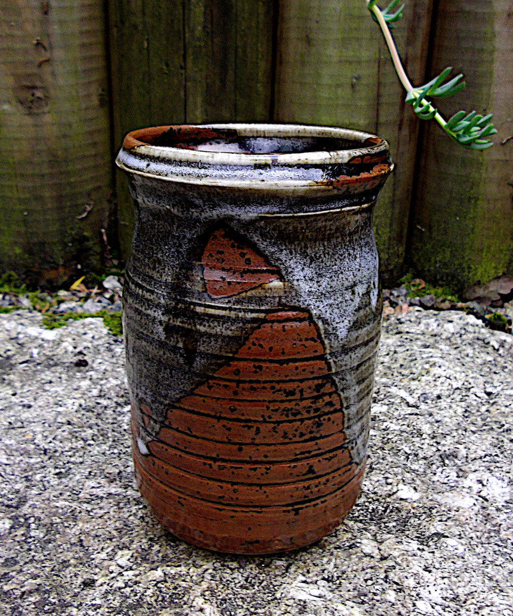 Pottery Jar/Vase Linda. Imgp2912