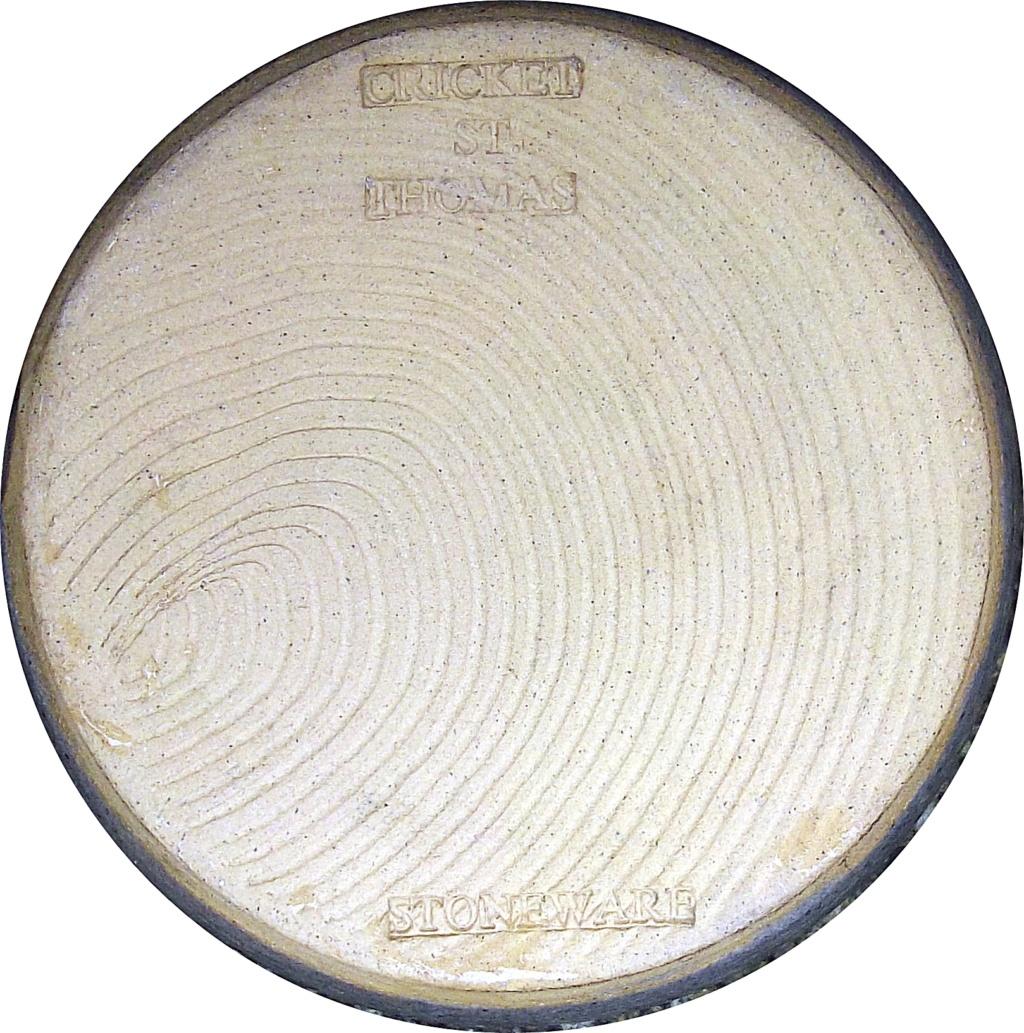 Cricket St Thomas Vase - JS mark Imgp2920