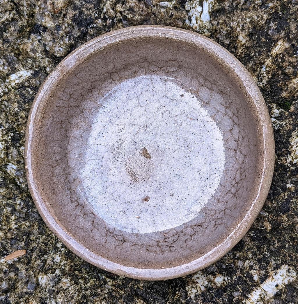 Small Stoneware Pot Pxl_2015