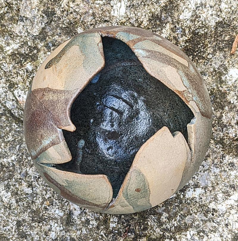 Ball Shaped Studio Pottery Pot Pxl_2059