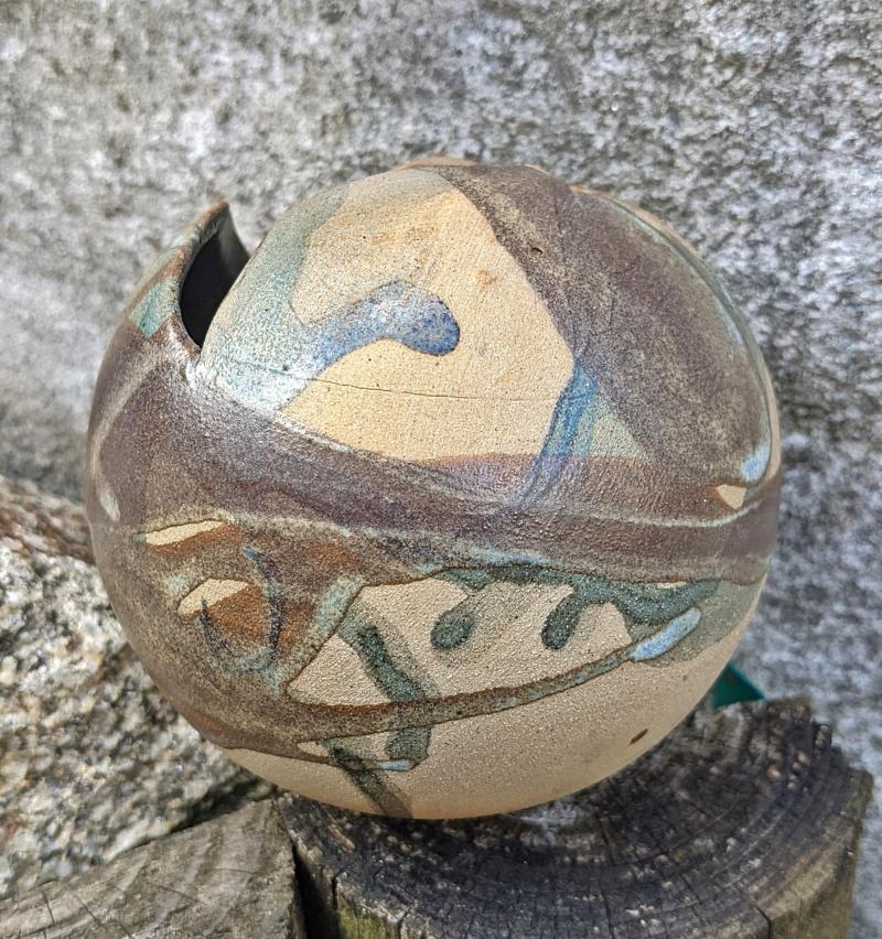 Ball Shaped Studio Pottery Pot Pxl_2060
