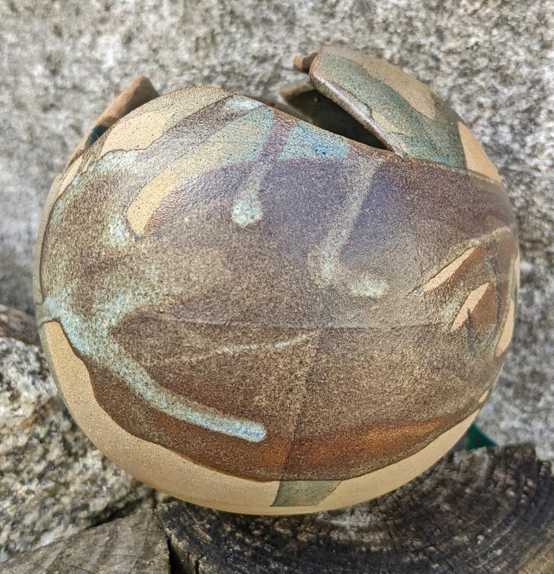 Ball Shaped Studio Pottery Pot Pxl_2062