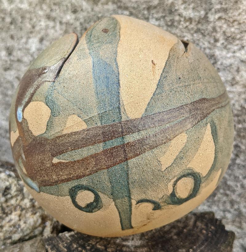 Ball Shaped Studio Pottery Pot Pxl_2063
