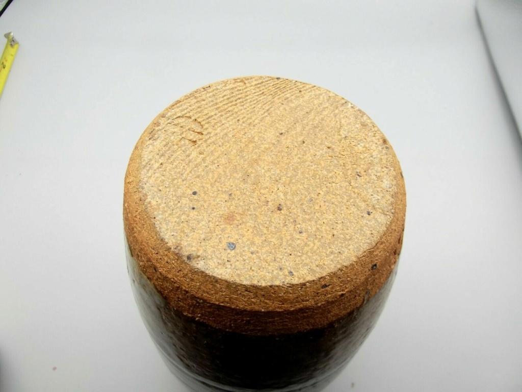 Small Stoneware Pot S-l16016