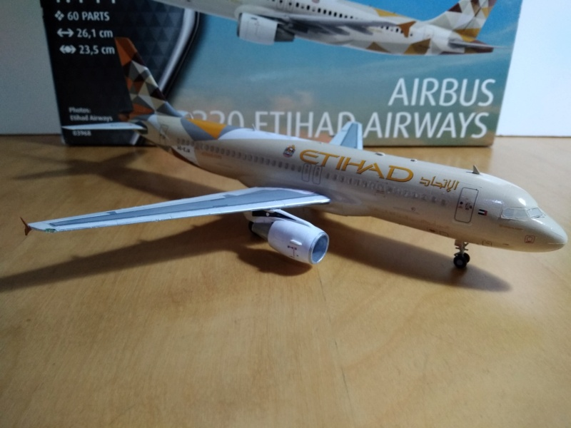 [REVELL] AIRBUS A-320 Cie ETIHAD AIRWAYS 1/144ème Réf 03968  - Page 2 A-320222