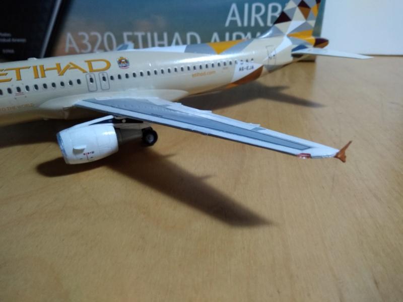 [REVELL] AIRBUS A-320 Cie ETIHAD AIRWAYS 1/144ème Réf 03968  - Page 2 A-320223