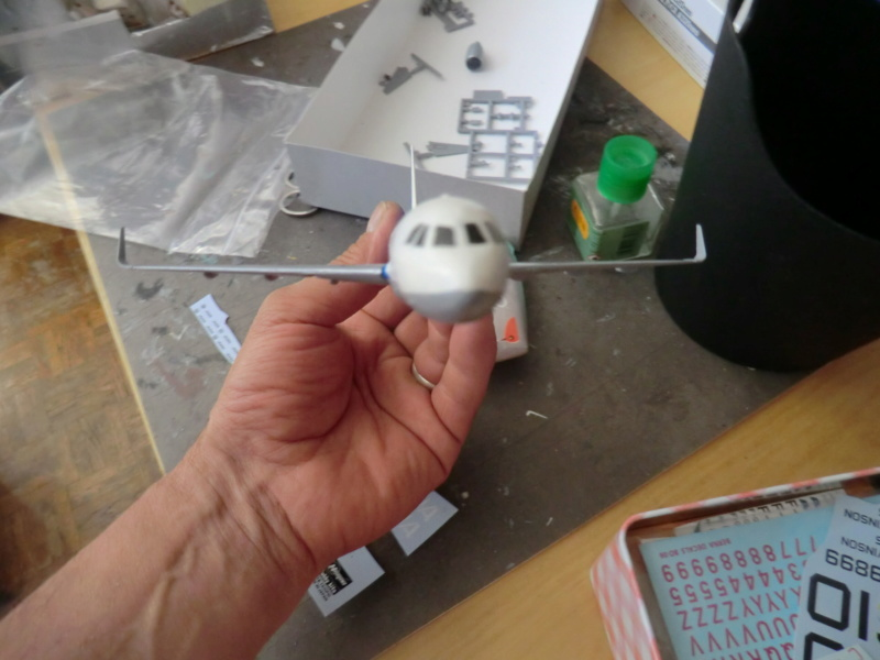 [HASEGAWA] Airbus A-320 néo 1/200 nouvelle déco - Page 2 Airbu141