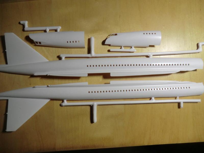 """[1/100]Concorde 001 -ref 52324 coffret """"la légende HELLER"""" 1/100 Concor24"""