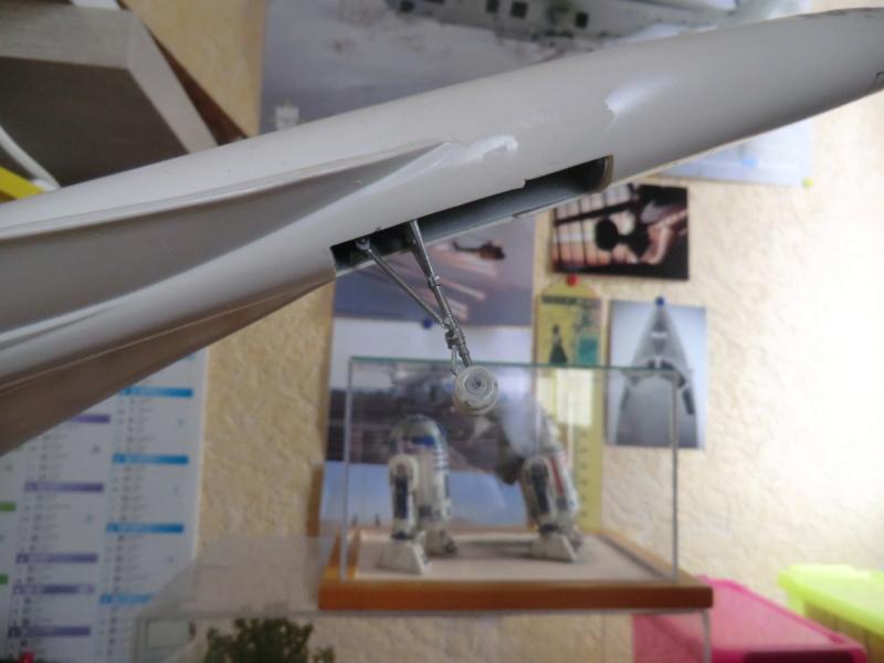 Coffret LA LEGENDE HELLER  CARAVELLE - CONCORDE 1/100ème Réf 52324 - Page 5 Hzolis13