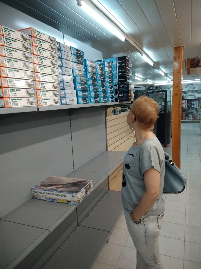vos images des boutiques vendant du Heller  c'est ici  - Page 5 Ki_10510
