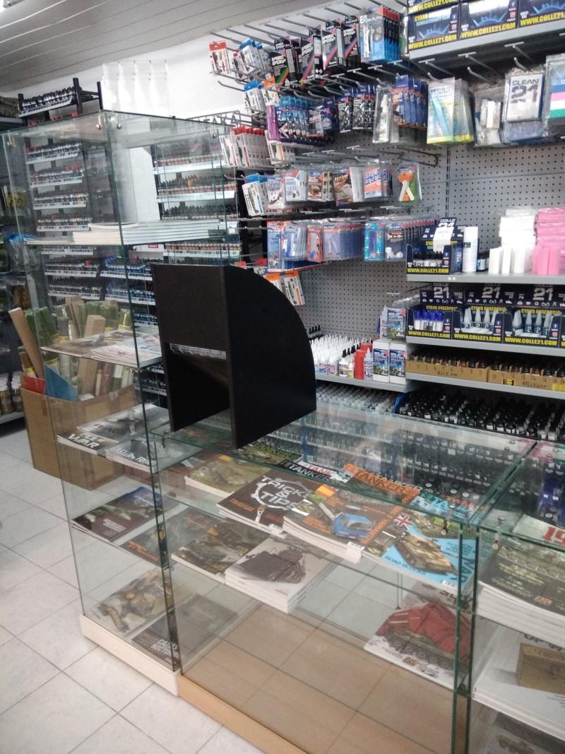 vos images des boutiques vendant du Heller  c'est ici  - Page 5 Ki_10710