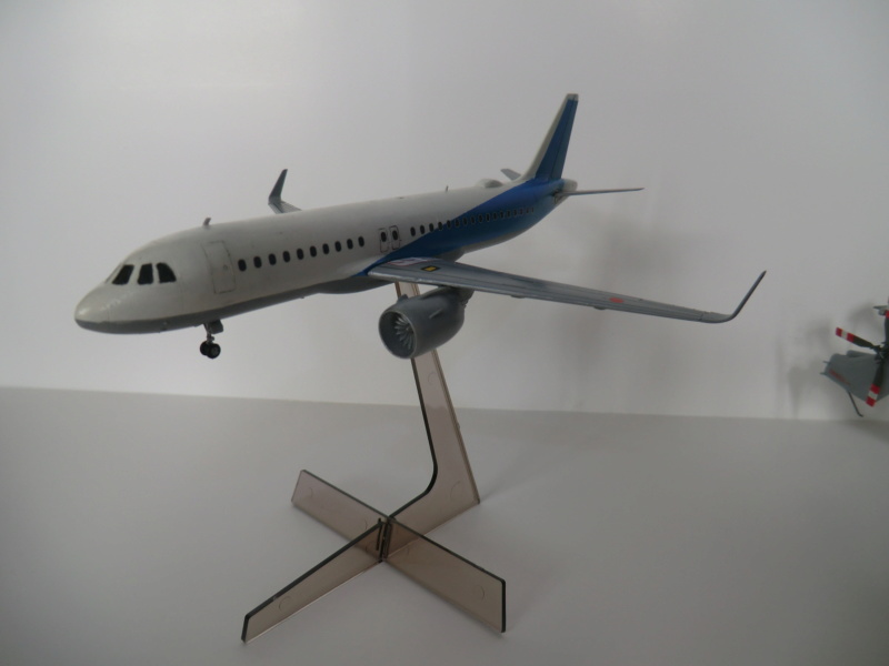 [HASEGAWA] Airbus A-320 néo 1/200 nouvelle déco - Page 2 Lynx_011