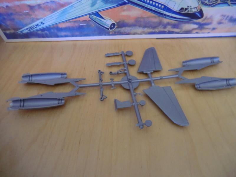 Mercure 1/100 Flugzeug-Modellbaukasten Mercur13