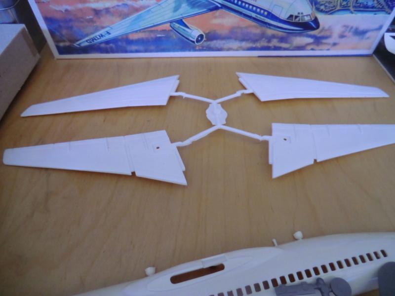 Mercure 1/100 Flugzeug-Modellbaukasten Mercur16