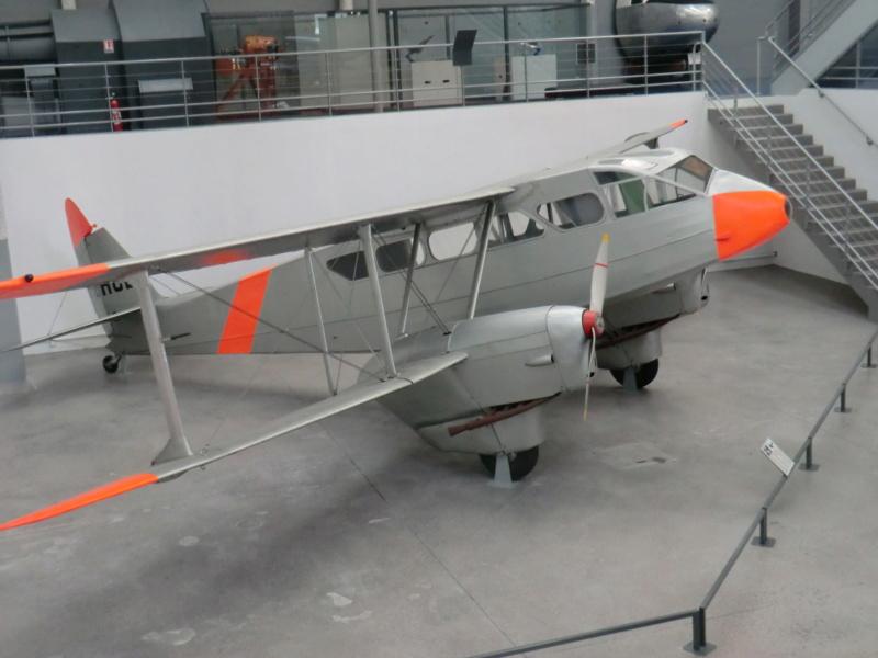 DH-89 Dragon Rapide - Swissair - Kit Heller 1/72 - Page 3 Muszoe50