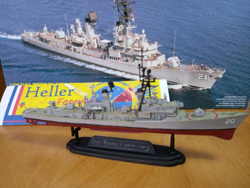 Montage chrono [SHANGHAÏ DRAGON] Destroyer lance missiles U.S.S COCHRANE 1/700ème Réf 7024 - Page 3 Uss_c104