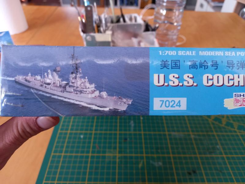 Montage chrono [SHANGHAÏ DRAGON] Destroyer lance missiles U.S.S COCHRANE 1/700ème Réf 7024 Uss_co12