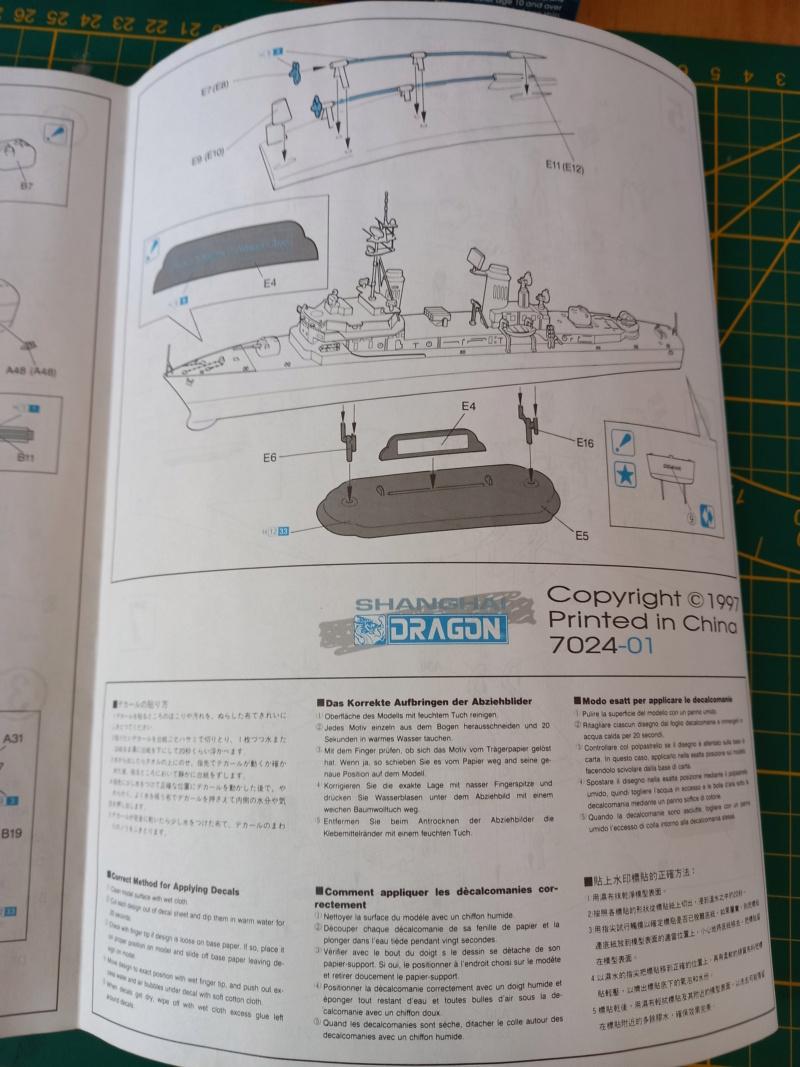 Montage chrono [SHANGHAÏ DRAGON] Destroyer lance missiles U.S.S COCHRANE 1/700ème Réf 7024 Uss_co22