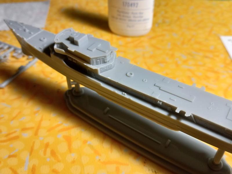 Montage chrono [SHANGHAÏ DRAGON] Destroyer lance missiles U.S.S COCHRANE 1/700ème Réf 7024 Uss_co35