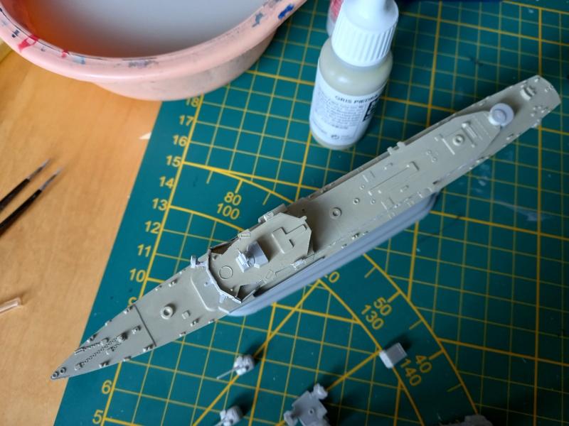 Montage chrono [SHANGHAÏ DRAGON] Destroyer lance missiles U.S.S COCHRANE 1/700ème Réf 7024 Uss_co55