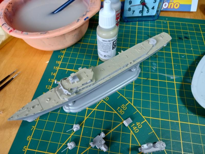 Montage chrono [SHANGHAÏ DRAGON] Destroyer lance missiles U.S.S COCHRANE 1/700ème Réf 7024 Uss_co56