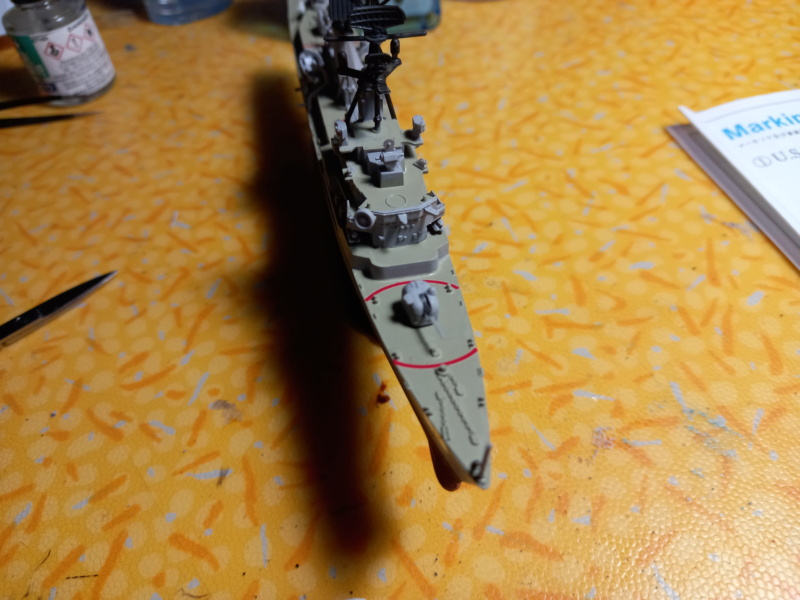 Montage chrono [SHANGHAÏ DRAGON] Destroyer lance missiles U.S.S COCHRANE 1/700ème Réf 7024 - Page 3 Uss_co88