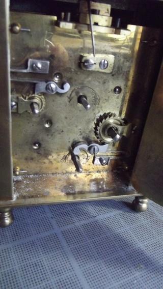 Qui s'intéresse au réveil mécanique...? - tome 2 Dscf8025