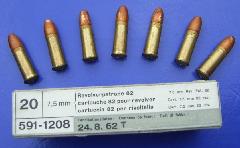 Revolvers Suisses 1882 et 82/29 et autres Nagant ou Husqvarna, tous en calibre 7,5 mm Andre_10