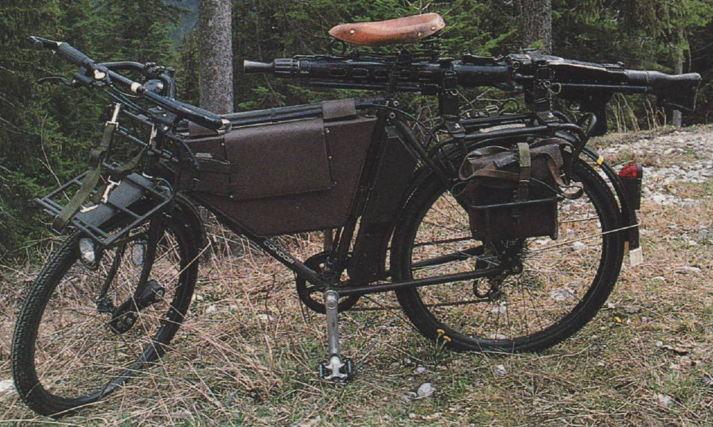 Les vélos militaires suisses - Page 2 Bicycl10