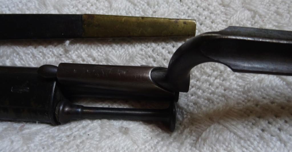 Baïonnette Suisse pour Milbank - Amsler 1851 / 1867 et son fourreau cuir Milban12