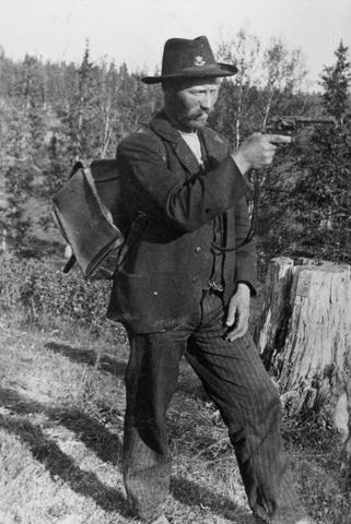 Revolvers Suisses 1882 et 82/29 et autres Nagant ou Husqvarna, tous en calibre 7,5 mm Nagant11