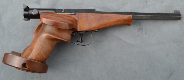 Plaquettes et longuesse pour pistolet !!!!!! Pistol11