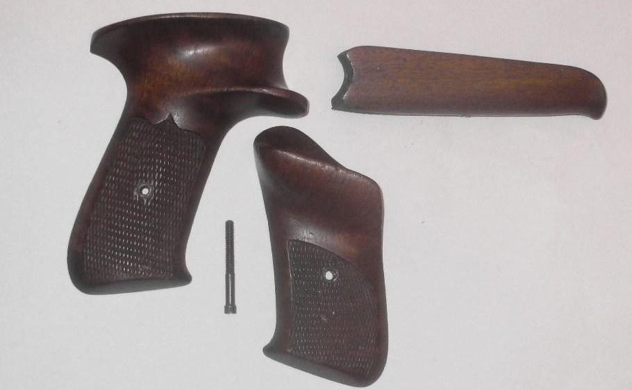 Plaquettes et longuesse pour pistolet !!!!!! Plaque10