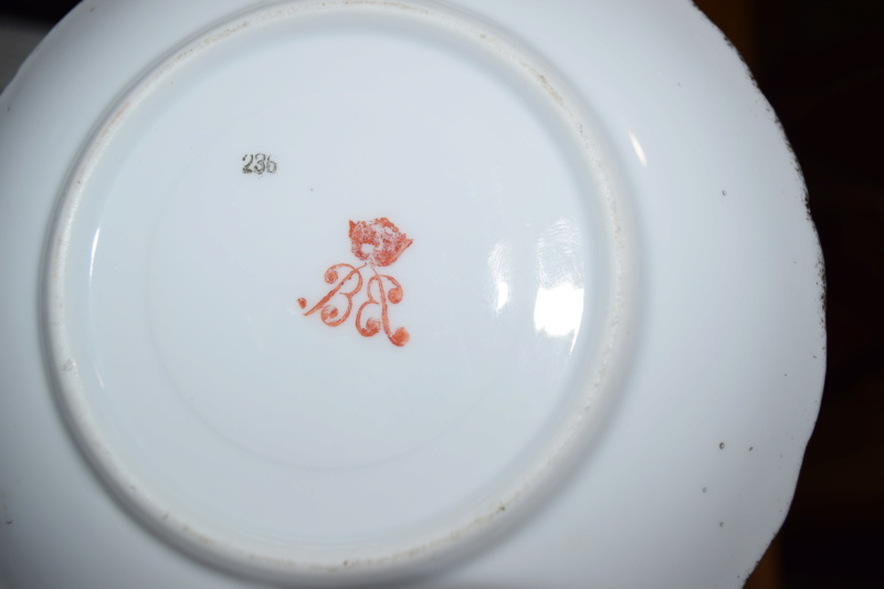 Plate signed Kaufmann with red mark?? Dsc_0023