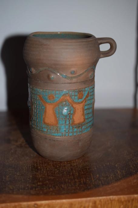 unknown pottery ?? Dsc_0036