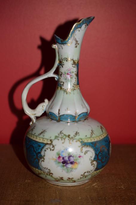 Old jug?? Dsc_0413