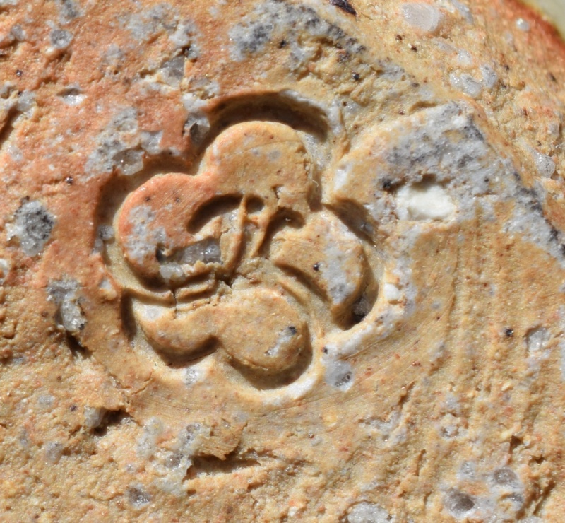 Unknown pottery mark Dsc_0631