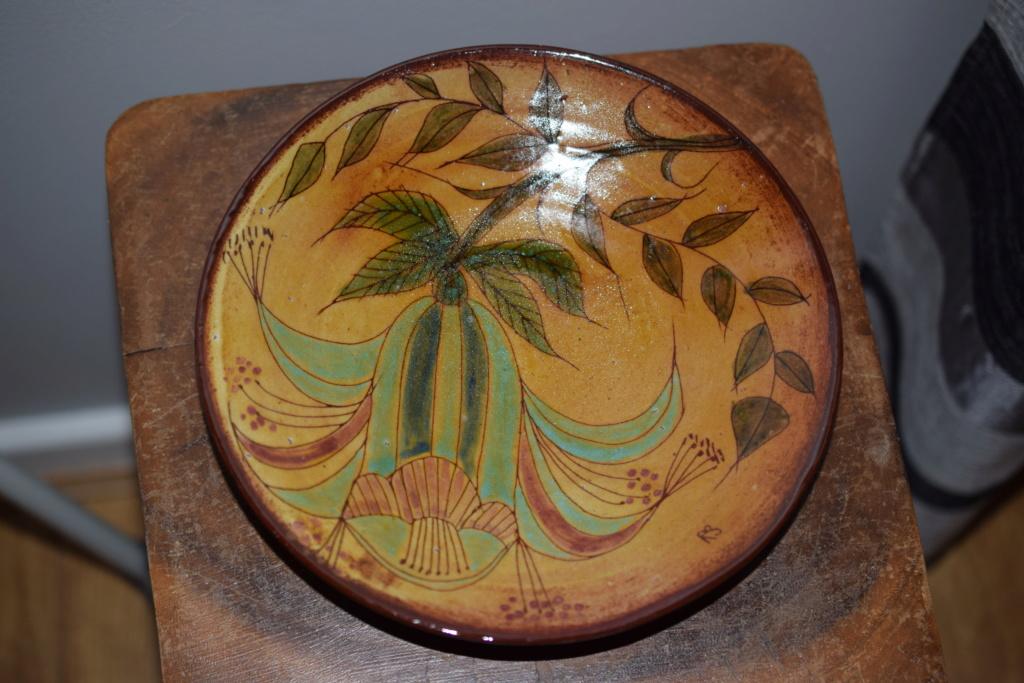 Chelsea pottery artist marks??Is it Joyce Morgan art ?? Dsc_0812
