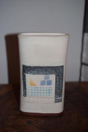 unknown pottery?? Dsc_0934