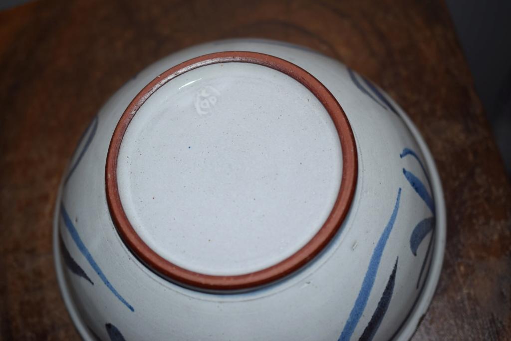Pottery bowl -unknown mark Dsc_1111