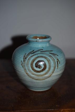 unknown pottery?? Dsc_1319