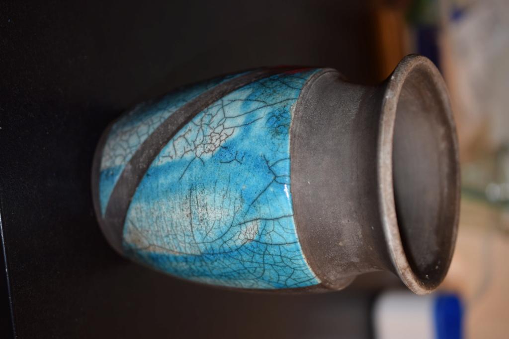Raku pattern vase- Mark?? Dsc_1810