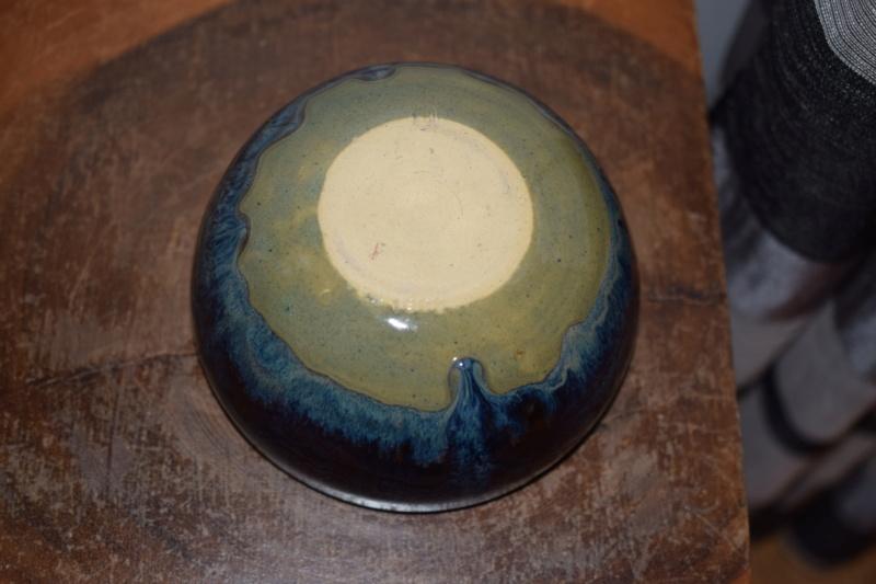 Unknown pottery, pd mark?  Dsc_1915